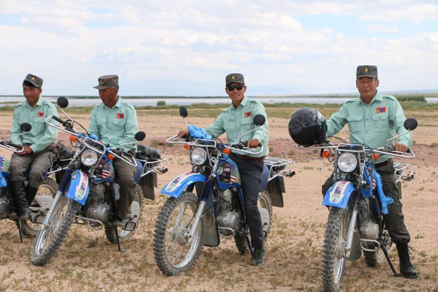 """5d5f4b2cdf736 """"Монгол Экологи"""" төвөөс 15 байгаль хамгаалагчид мотоцикл олгов"""