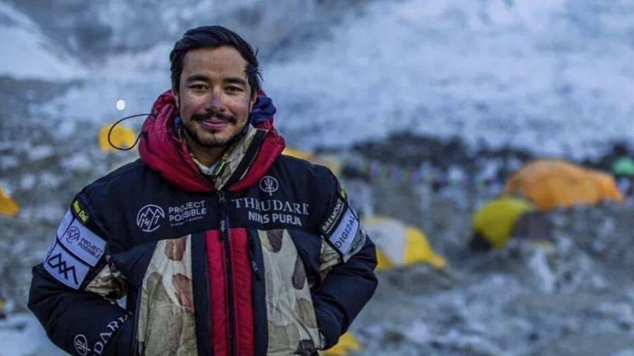 Балбын уулчин дэлхийн хамгийн өндөр 14 уулын оргилд гарчээ