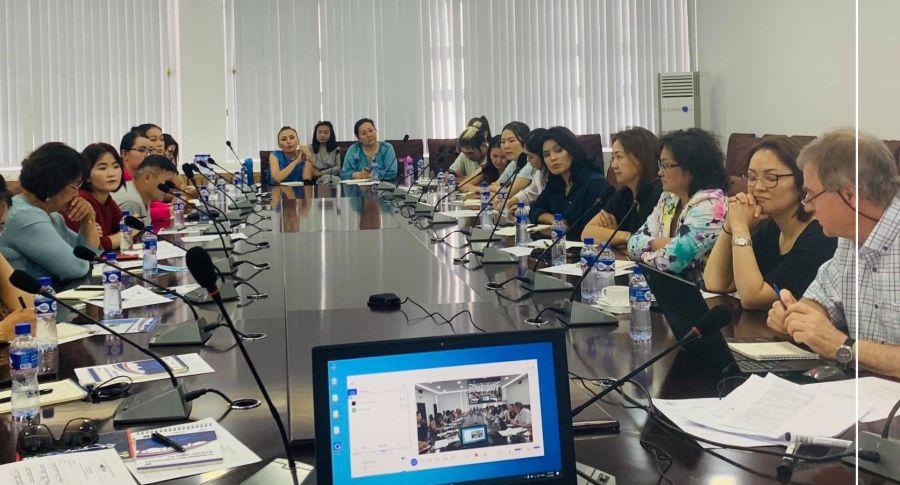 Italian Designer Conducts Training To Mongolian Manufacturers